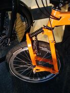 Leading link bicycle fork on a Birdy folding bike