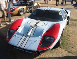 Ford GT40 (front)