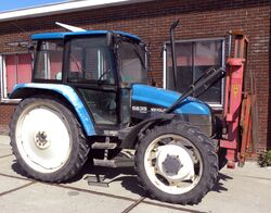 New Holland Ford 5635
