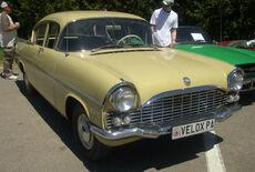 '60-'62 Vauxhall Velox Sedan (Hudson).JPG
