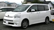2nd generation Toyota Voxy