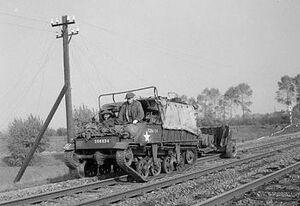 IWM-B-11262-Loyd-Carrier-Hertogenbosch-19441025
