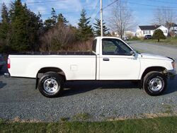 93T100SideView