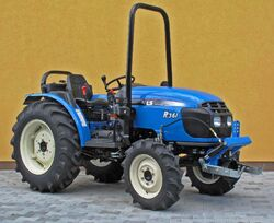 LS R36i MFWD - 2012