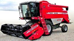 MF 7240 Activa combine (Laverda)