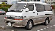 Toyota Hiace Wagon 013