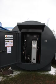 Fuel tank + pump unit IMG 6342