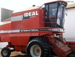 IDEAL 9090 Turbo (International) combine