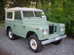 Landrovers2a