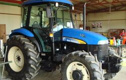 LS-New Holland TD90DC MFWD-2008