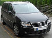 VW Touran Facelift front