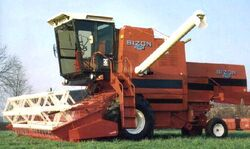 Bizon Super 5056 combine (Ursus Bizon)