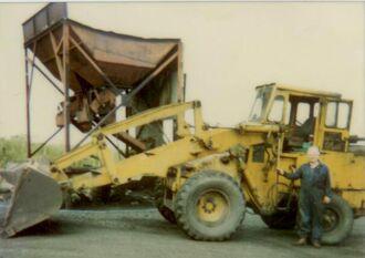 F.E. Weatherill 42HD Wheeled Loading Shovel & Jack Morrell Yard Foreman