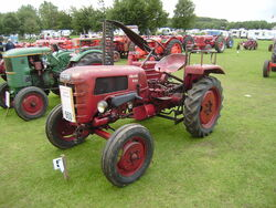 Fahr D66 with Mower at lincoln - P8170567