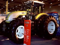 Valtra S260 MFWD (Claas) - 2002