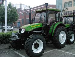 Agri boss 8904 MFWD (YTO) - 2011