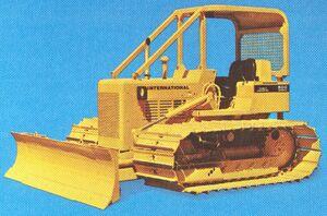 International 500E wide gauge 1975