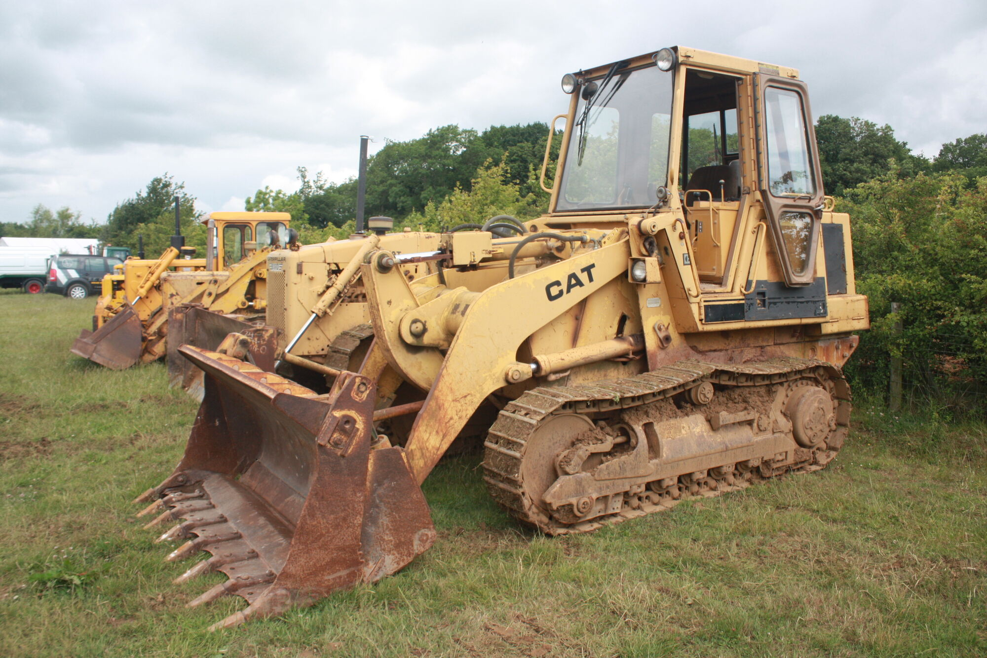 Caterpillar 943 Crawler Loader | Tractor & Construction