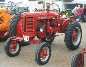 McCormick Farmall 100 1956