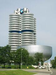 BMW-HQ