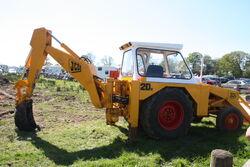 JCB2DII digger at Chipping 2013 - IMG 6299