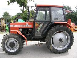 Ursus 4514