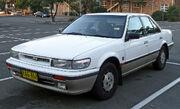 1989-1992 Nissan Pintara (U12) Ti sedan 01
