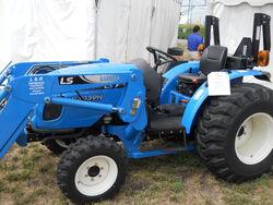 LS R3039H MFWD - 2011
