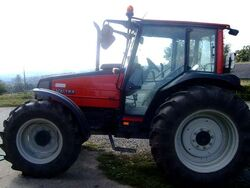 Valtra A85 MFWD (red) - 2003