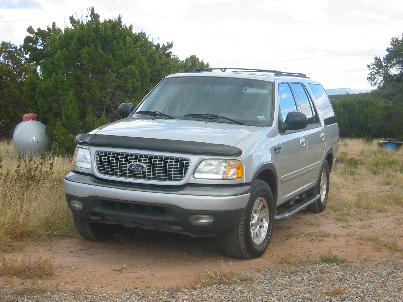 Silver Ford Expedition fl