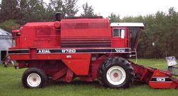 White 9720 combine - 1985