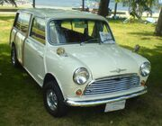 '65 Morris Mini Traveller (Ottawa British Car Show '10)
