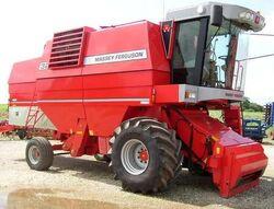 MF 32 combine - 1999