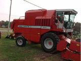 Massey Ferguson 8450 combine