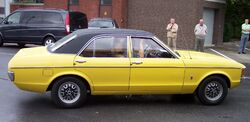 Ford Consul GT 2.3 V6 yellow r