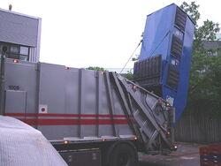 Tømning af vippecontainer