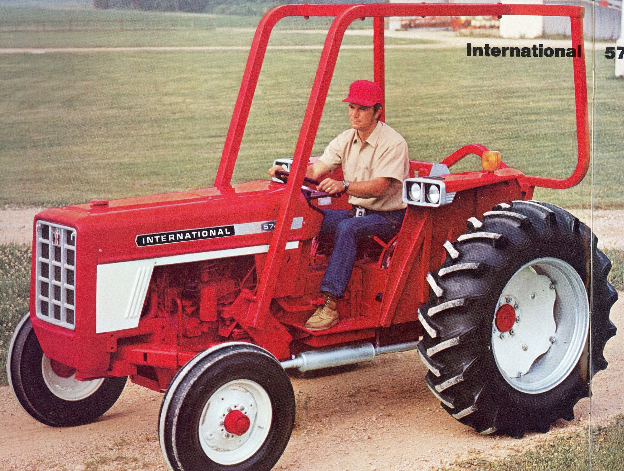 Ih 574 Tractor Seat : International tractor construction plant wiki