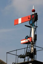 Rail-semaphore-signal-Dave-F