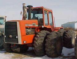 MF 4900 4WD - 1984