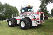 Big Bud 650-50 at Newby 2010 - IMG 8973