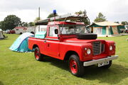 Carmichael Red Wing Fire FT2 pump - Land Rover - CWP 233N - ardingly 2011 IMG 4984