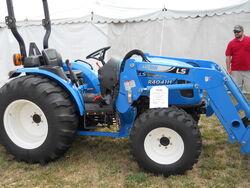 LS R4041H MFWD - 2011
