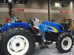 NH T5040 MFWD - 2010