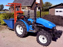 New Holland TCE 40