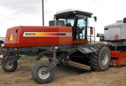 Hesston 9265 swather - 2006