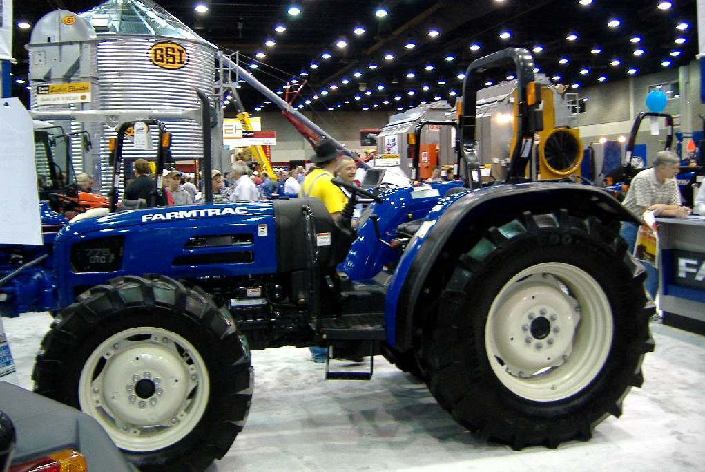 Farmtrac 775 DTC | Tractor & Construction Plant Wiki