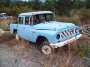 IH Mater 1230 (TOE) pickup
