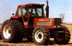 Hesston 1880 DT MFWD - 1982