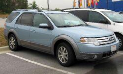 2008-Ford-Taurus-X-SEL