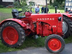 Hanomag R16 tractor